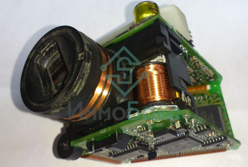 Ремонт электронного замка Мерседес W210: http://immo-box.ru/nashi-raboty/13-remont-elektronnogo-zamka-mersedes-w210.html